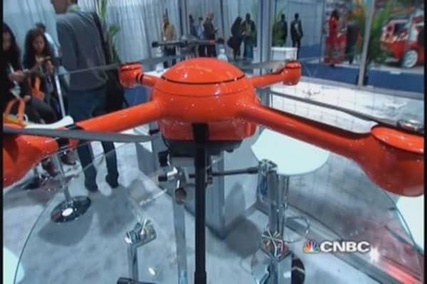 CES crowds go drone crazy