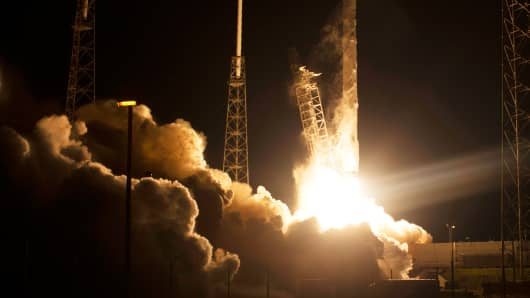 The unmanned Falcon 9 rocket launched by SpaceX, lifts off from the Cape Canaveral Air Force Station in Cape Canaveral, Florida January 10, 2015.