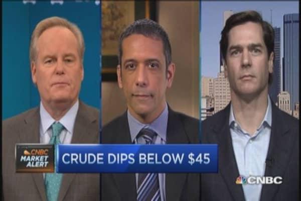 Big cap oil plays: VLO, HAL, SLB & more
