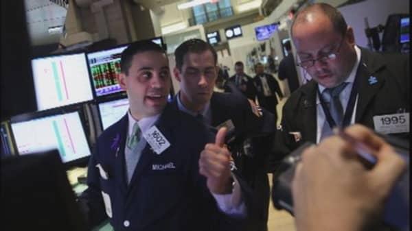 Stocks take wild ride ahead of bank earnings