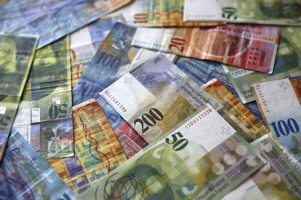 Swiss 'outlier' move against the franc