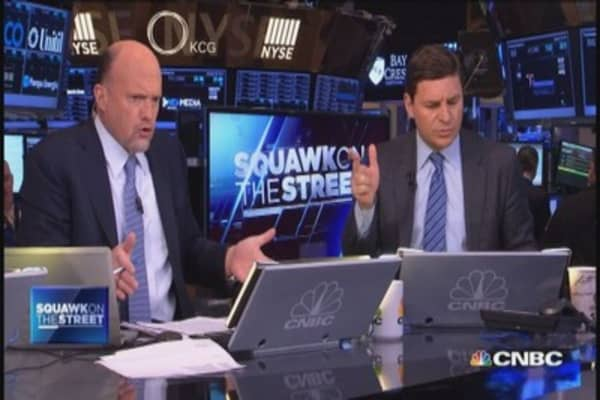 Cramer's Mad Dash: DAL & TIF