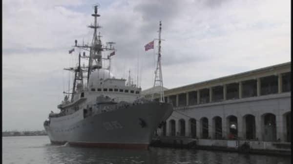 Russian warship docks in Cuba before US talks