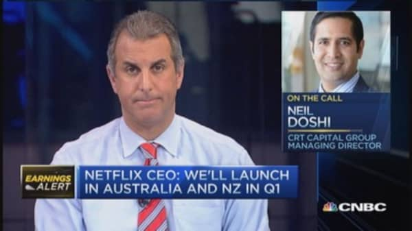 Pro sits on Netflix sidelines