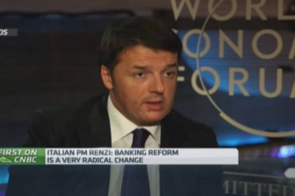 Italy doesn't save banks: PM Renzi