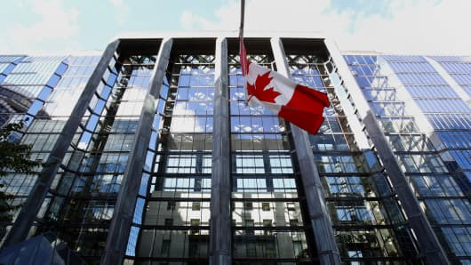 Bank of Canada raises key rate a quarter point