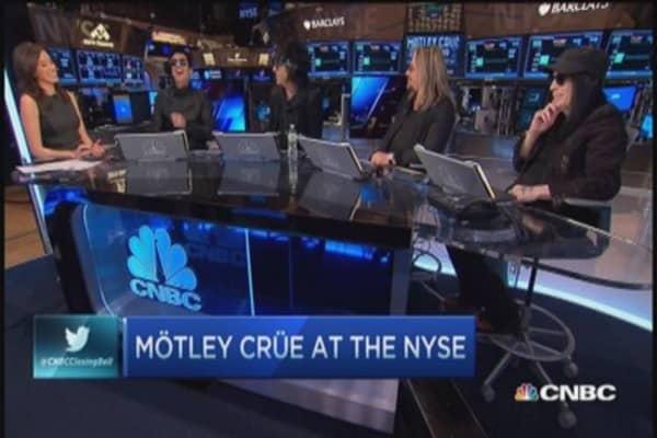 Motley Crue calls it quits