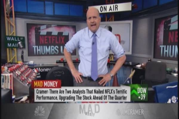 Sit back & enjoy the show: Cramer's take on NFLX