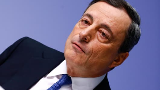 European Central Bank President Mario Draghi addresses an ECB news conference in Frankfurt January 22, 2015.