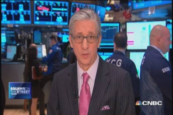 Pisani: Airline fuel hedges hot topic