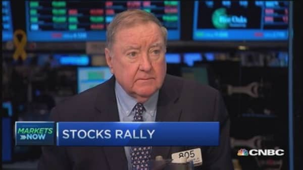 Cashin: Currency war played like chess match