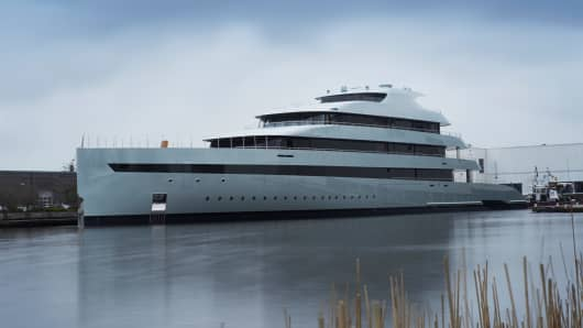 "Feadship launched ""Savannah,"" the world's first hybrid mega-yacht."