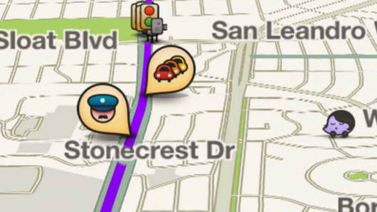 Waze app with icon showing police