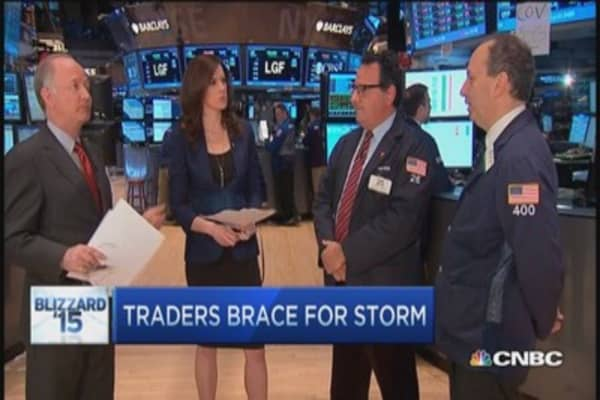 Traders brace for storm