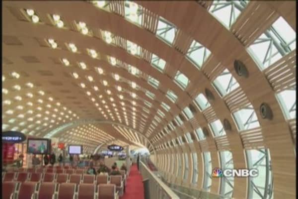 Green energy takes off in French airports