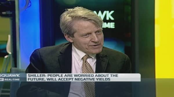 People 'fear' tech and robots: Shiller