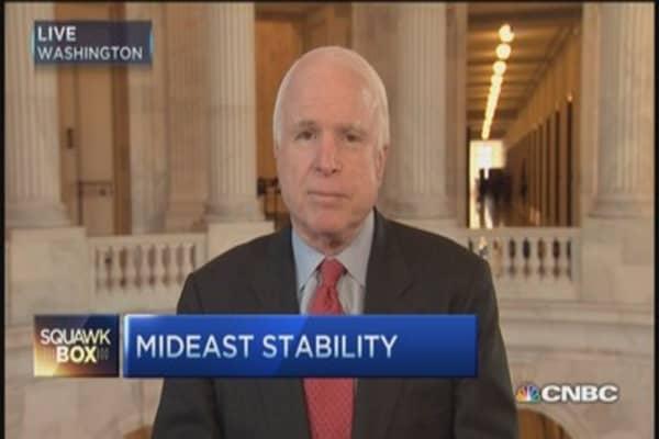 Sen. McCain: Arm free Syrian army