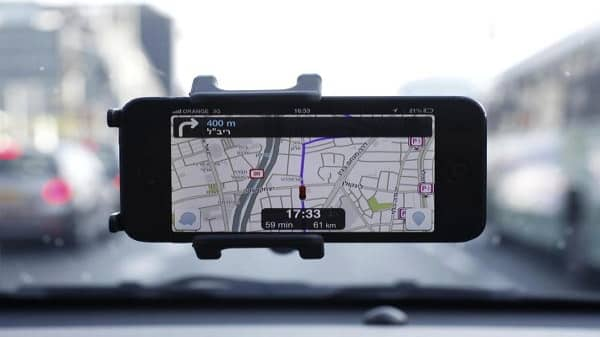 Is Waze a danger to cops?