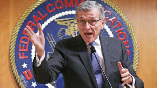 Federal Communications Commission (FCC) Chairman Tom Wheeler speaks during a news conference at FCC headquarters in Washington, May 15, 2014.