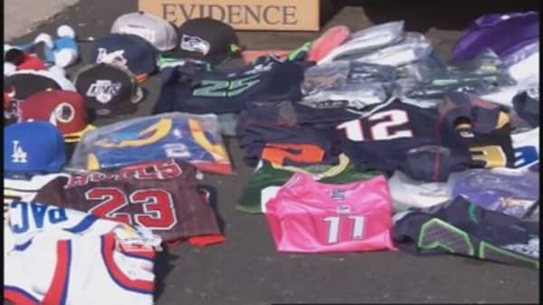 Feds go after Super Bowl counterfeiters