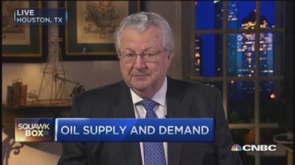 Oil's 'ruthless' cost-cutting mode: John Hofmeister