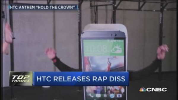 HTC releases rap attack on Apple, Samsung