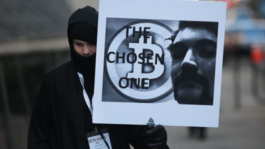 A demonstrator in support of Ross Ulbricht, the alleged creator and operator of the Silk Road underground market, in front of a federal court house on January 13, 2015 in New York City.