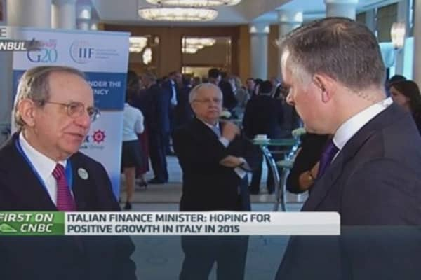 Italy will see positive growth this year: Fin Min
