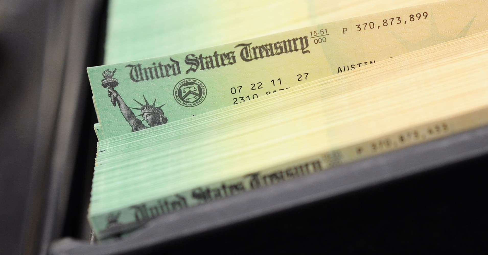 IRS confirms tax season will start Jan. 28, despite government shutdown