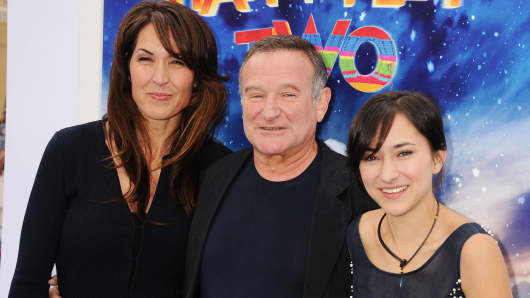 Robin Williams with wife Susan, left, and daughter Zelda Williams in 2011.