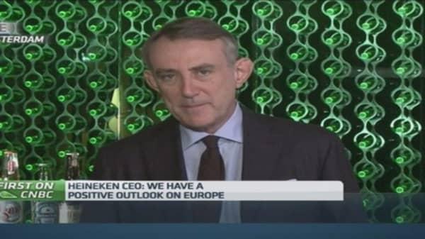 Russia won't pressure Heineken earnings: CEO