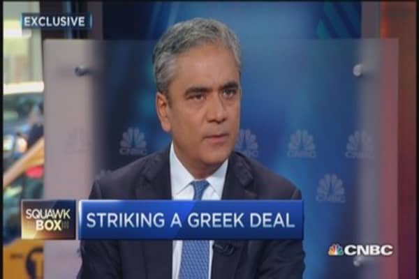DB CEO: Odds of short-term Greek deal good
