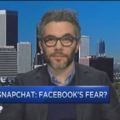 Facebook afraid of Snapchat: Bilton