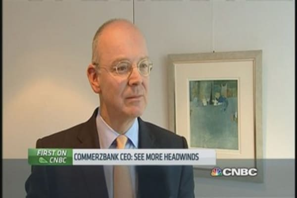 Commerzbank CEO 'sceptical' on QE