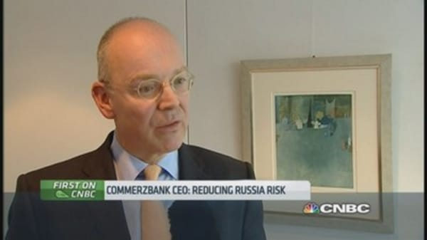 Commerzbank CEO: Reducing risk in Russia
