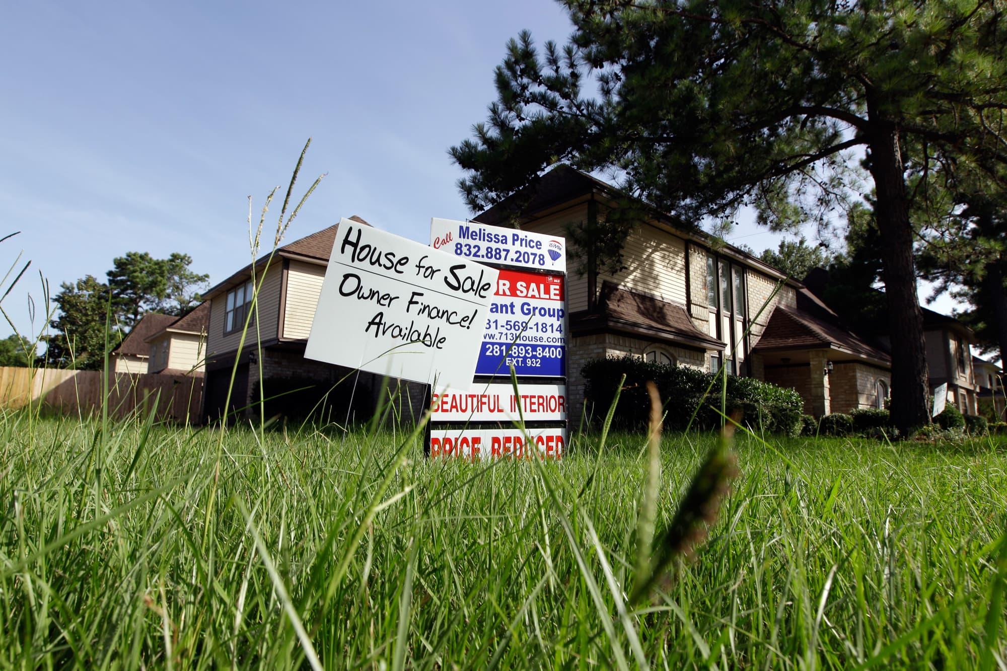 Houston housing awaits spring chill