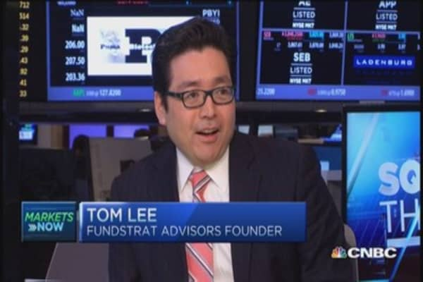 Stocks higher as hedge funds de-risk: Pro