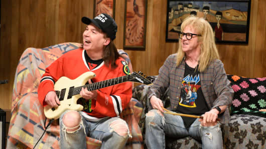 Mike Meyers as Wayne, and Dana Carvey as Garth during the Wayne's World skit on SNL, February 15, 2015.