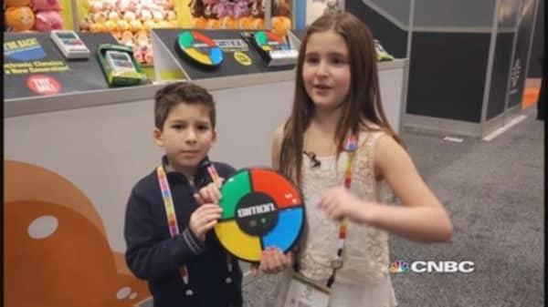 Mini analysts take on Toy Fair