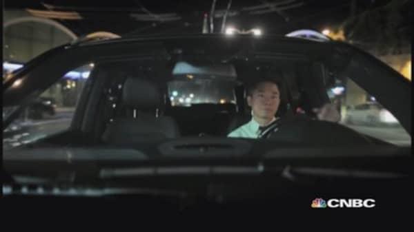 Some Uber, Lyft drivers want employee status