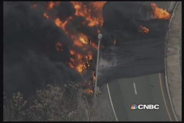 Tanker explodes on highway in southern New Jersey