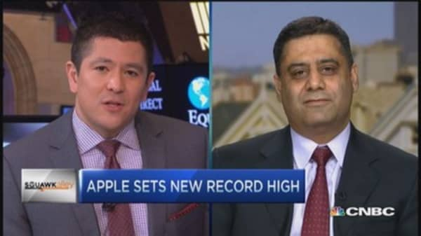 Apple Watch expectations little high: Analyst