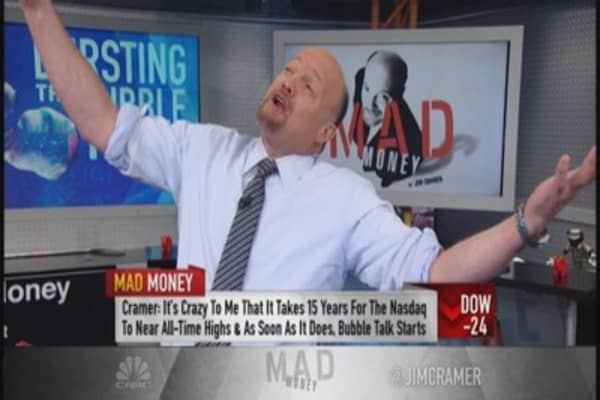 Blowing bubbles or smoke: Cramer's take on Nasdaq