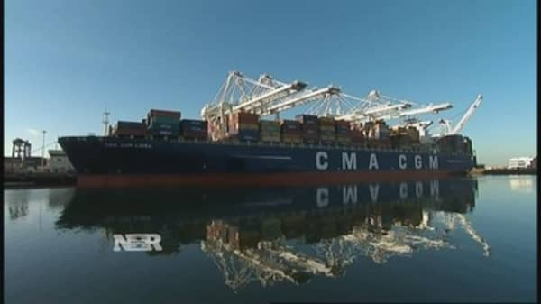 Port slowdown costing small businesses