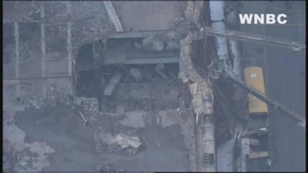 Partial building collapse in midtown Manhattan