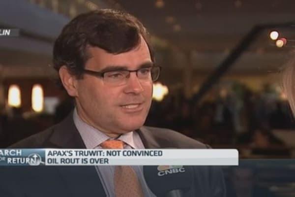 Oil could retest lows: Apax's Truwit