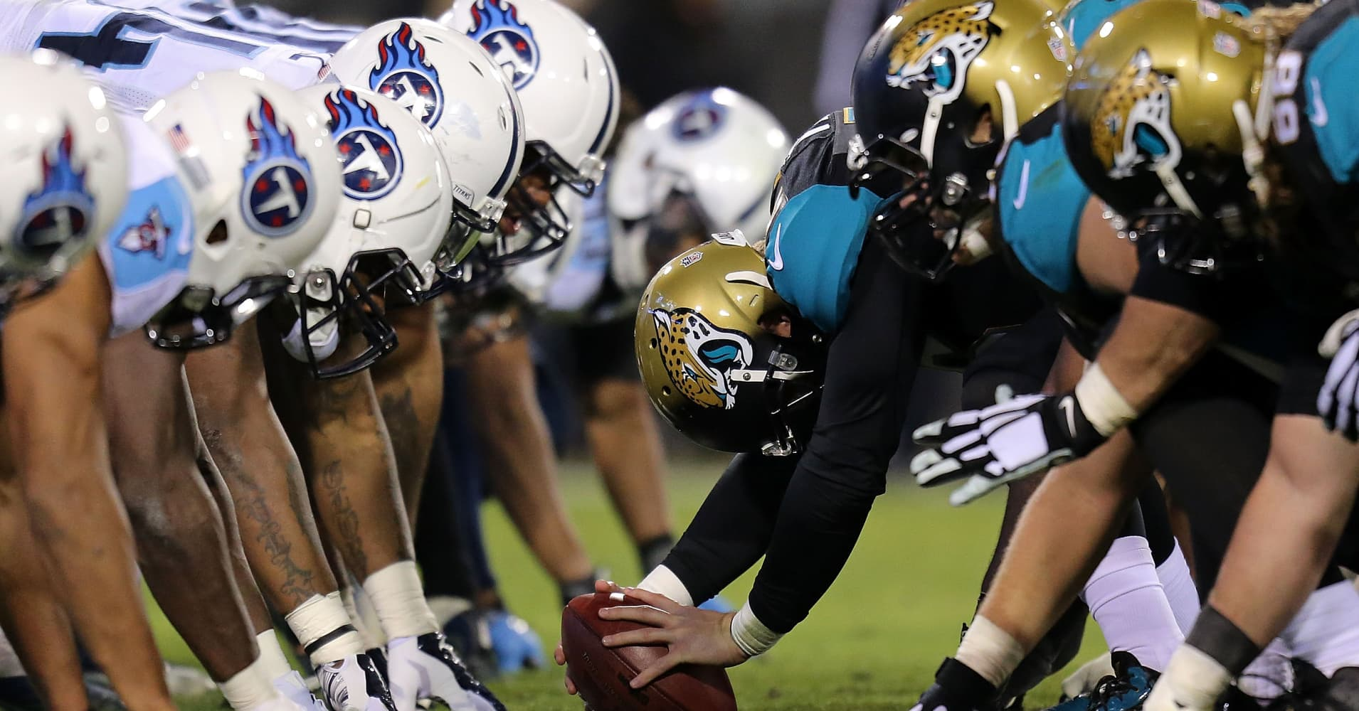 The Tennessee Titans play the Jacksonville Jaguars in December 2014.