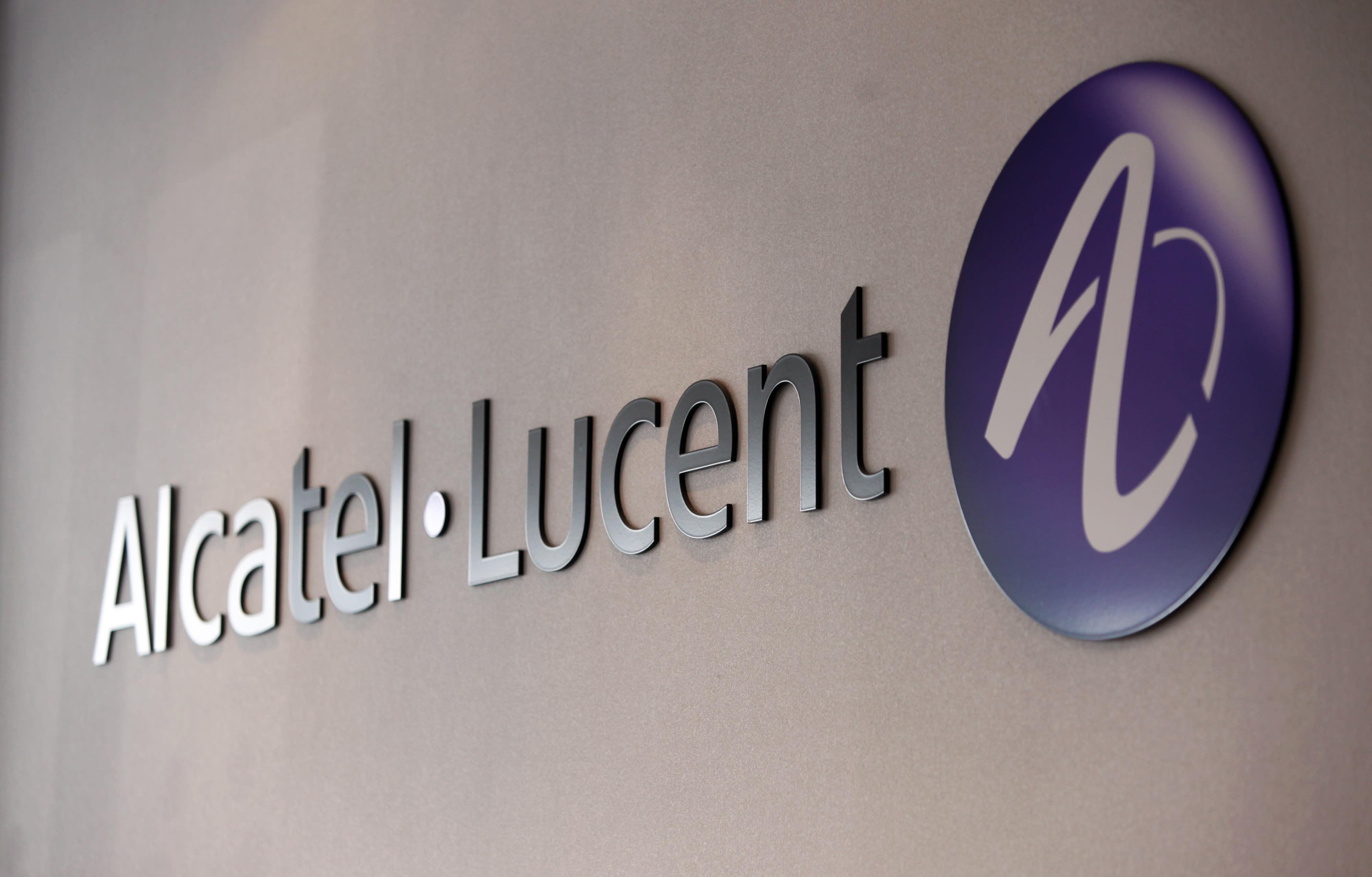 Alcatel Lucent Resilient Defends Nokia Deal