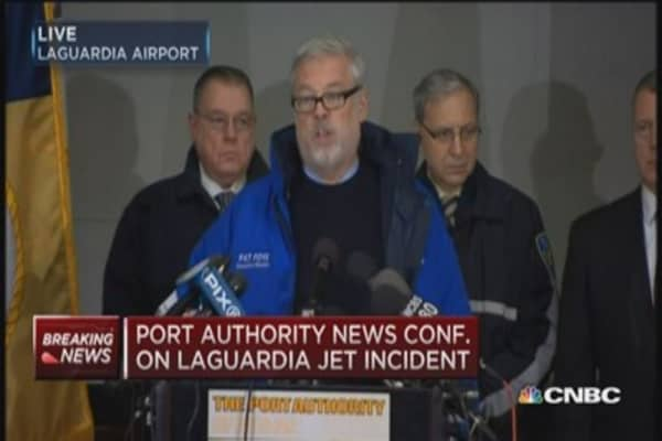 Port Authority on LGA incident: Only minor injuries
