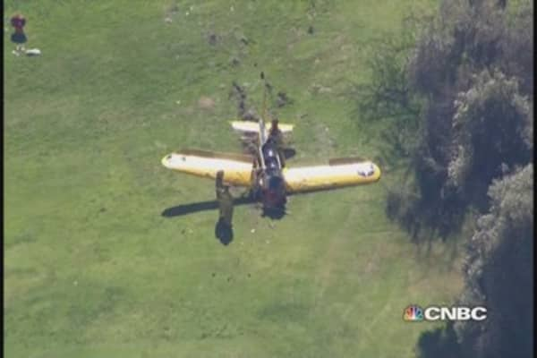 Harrison Ford's plane crashes on Cali golf course